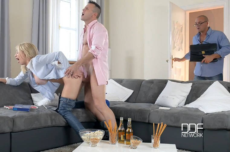 Big Tits In Action: Busty Wife Enjoys Two Cocks – Chessie Kay (2016)